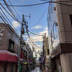 晴れ間の見えた東京の空、連休最終日は近所のお散歩